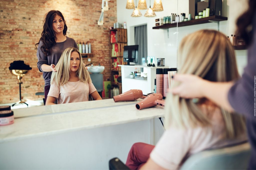 In diesem Blogartikel geht es um die Bedeutung eines Friseurbesuches. Wir erklären Ihnen, warum ein Besuch beim Friseur für viele Menschen so wichtig ist.