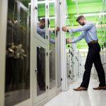 Warum Sie einen Netzwerkschrank nicht selber bauen sollten